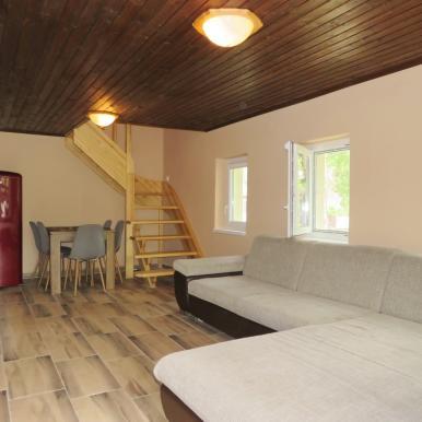 Exkluzív  üdülőház a Körös-torokban, saját tulajdonban lévő telken...